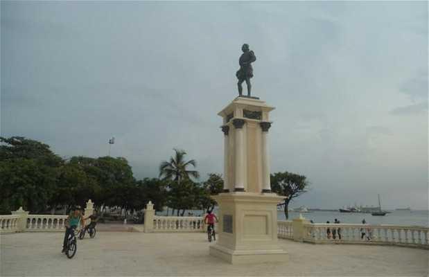 Estatua Rodrigo de Bastidas