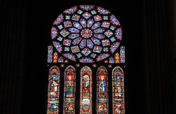 Le vitrail de la cathédrale de Chartres
