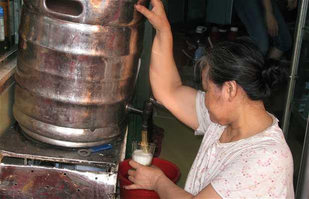 Esquina Luong Ngoc Quyen con Ta Hien