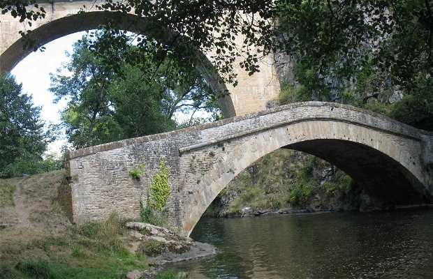Viejo puente de Pierre Perthuis