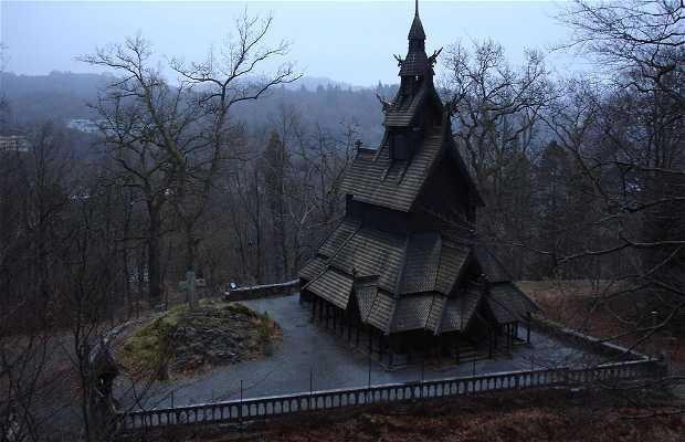 Iglesia de madera de Fortun