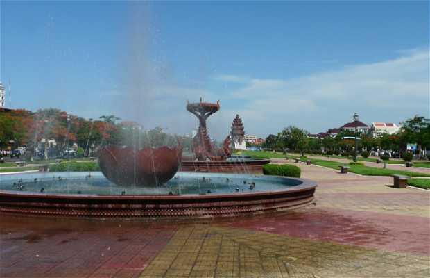 Monumento de la Independecia en Phnom Penh