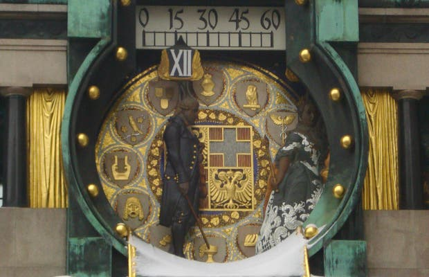 Carillon Anker