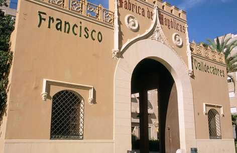 Facade of the former factory of Francisco Valldecabres