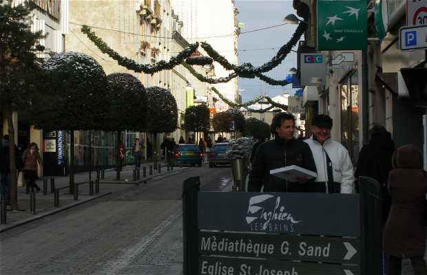 General de Gaulle Street