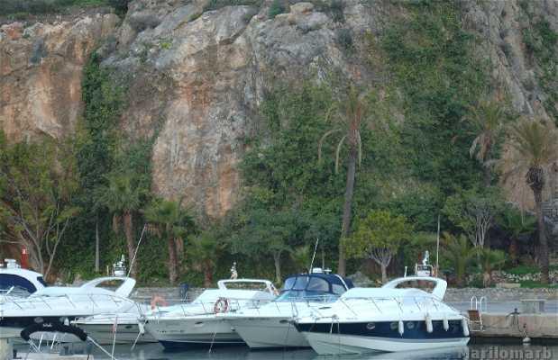 Marina del Este Leisure Port