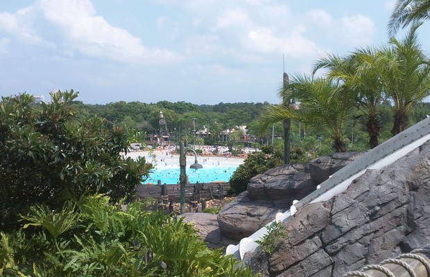 Dysney's Typhoon Lagoon