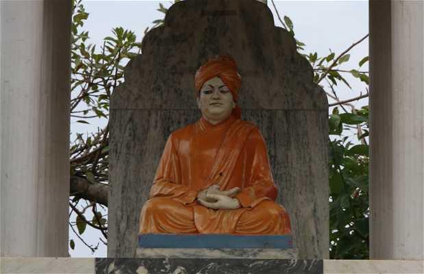 Estatua Gurú