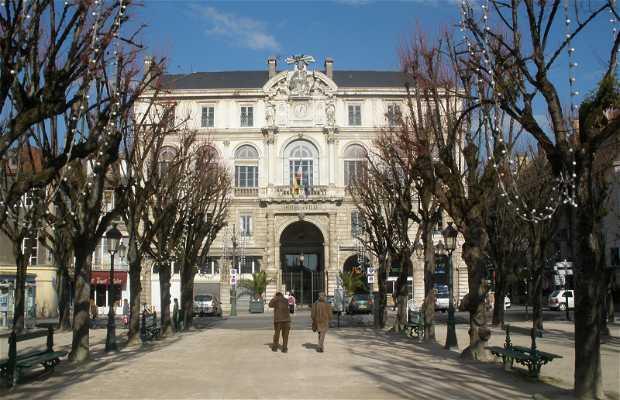 Ayuntamiento de Pau