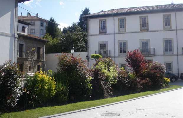 Plaza Marquesa de Casa Valdés
