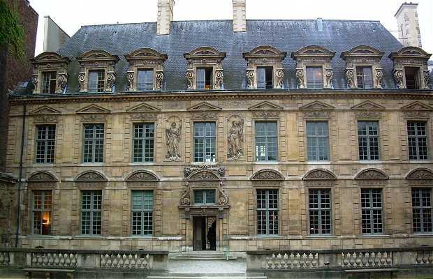 Palacio de Sully - Hôtel de Sully