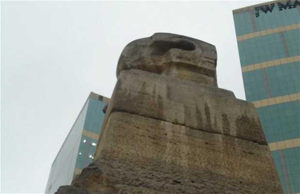 Estatua inca del Larcomar
