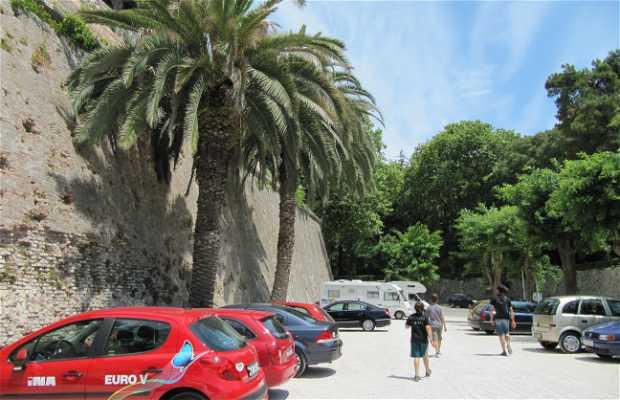 Aparcamiento en Zadar
