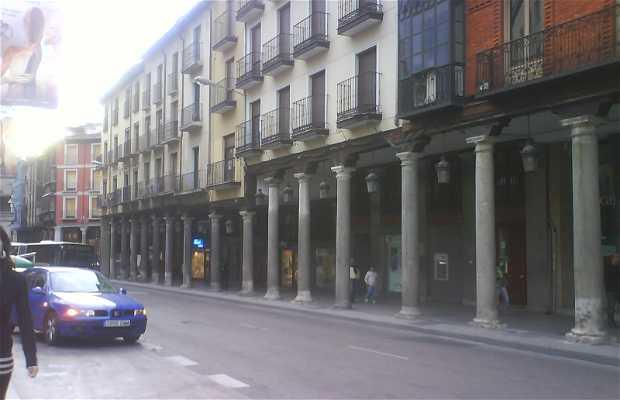 Plaza Fuente Dorada