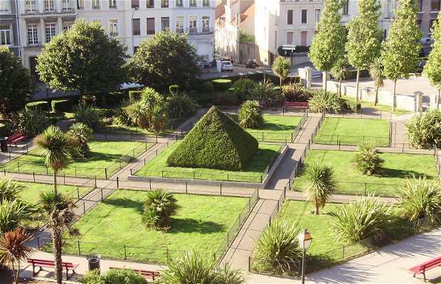 A.Mariette Pacha Square