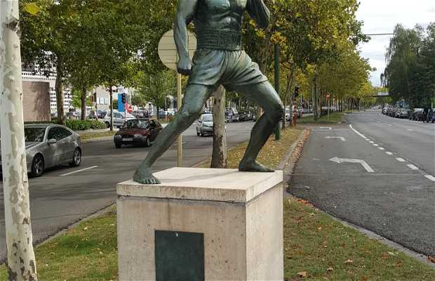 Estatua de Van Damme