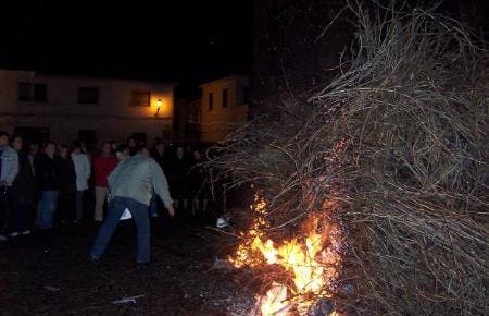 Hogueras de San Antón