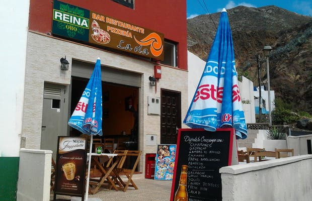 Bar Restaurante Pizzeria La Ola
