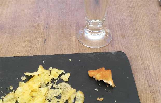 La Bruja Restaurant