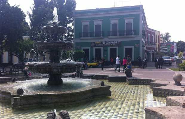 Jard n de las 9 esquinas en guadalajara 3 opiniones y 4 fotos for Jardin 5 esquinas