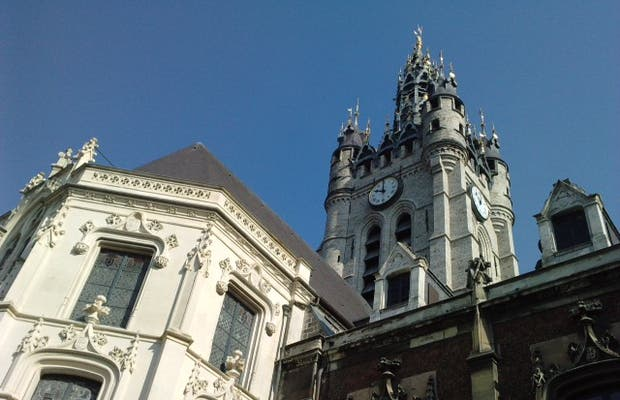 Ayuntamiento de Douai