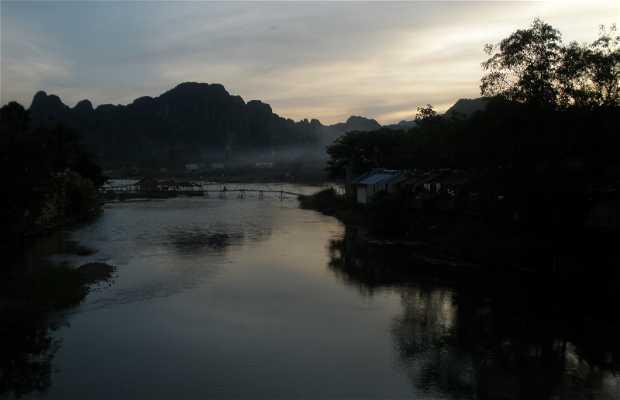 Pont de Vang Vieng