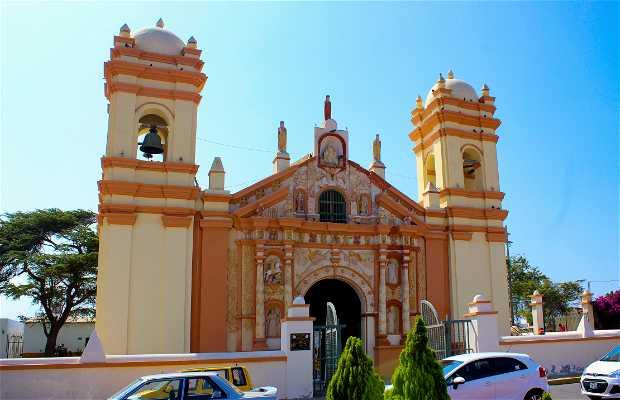 Iglesias Coloniales Trujillo Peru