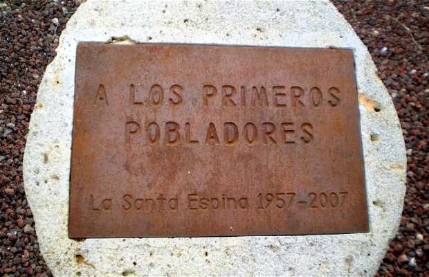Monumento a los Primeros Pobladores