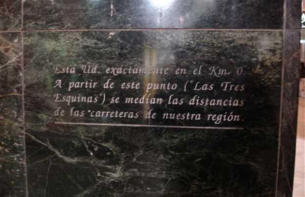 Las Tres Esquinas - Km 0 de Murcia