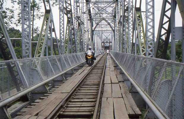 Sixaola bridge