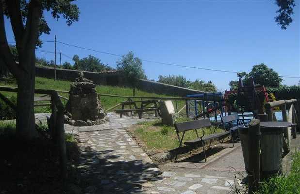 Pequeño Parque infantil en Lastres