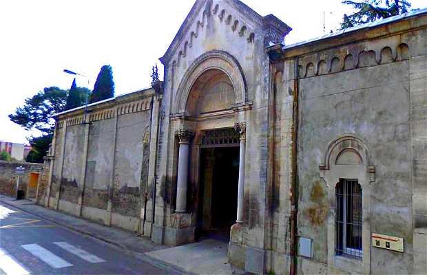 The strange protestant cemetery of Nîmes