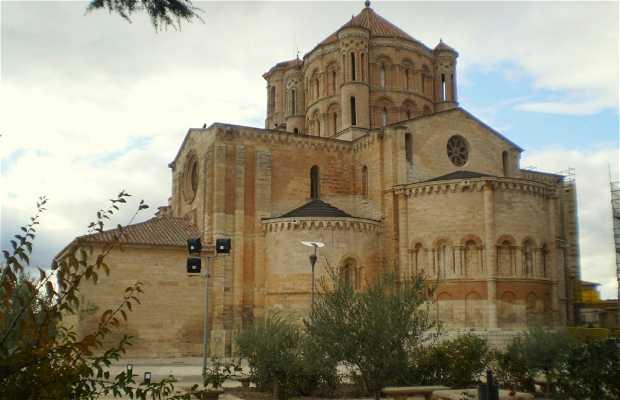 Saint María la Mayor Collegiate Church