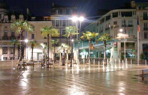 Clémenceau Square