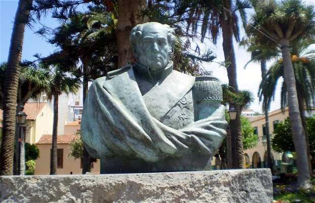 Monumento a Agustín de Bethencourt y Molina