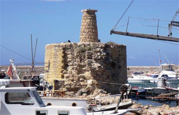 Muelle viejo de Kyrenia-Girne