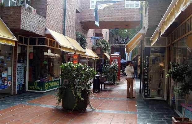 Galería Calle Angosta