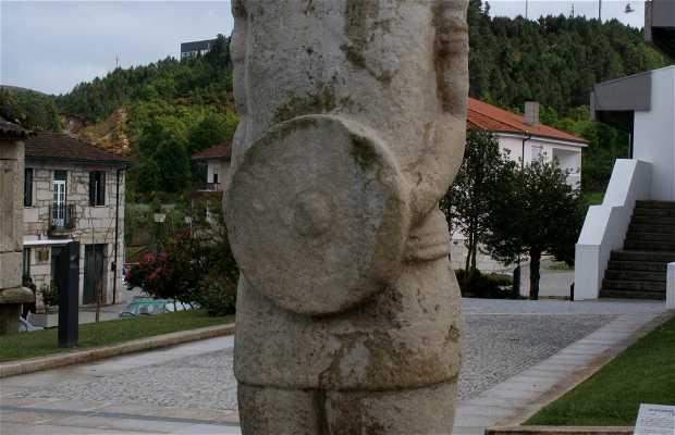 Galician Guerreiro - Lusitán (mirror in Boticas)