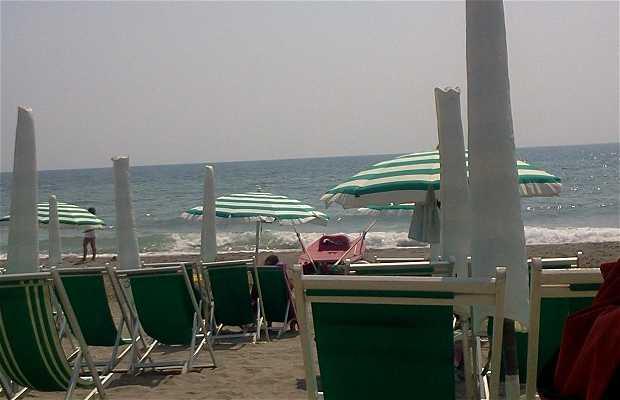 Spiaggia di levante di Marina di Massa