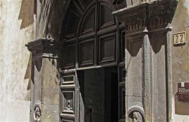 Palazzo Valenti