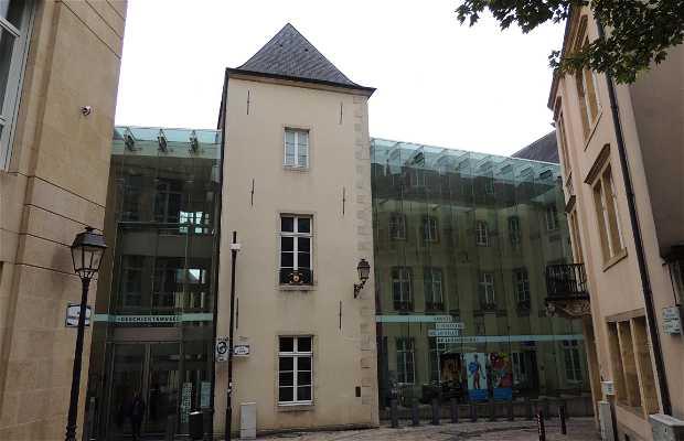 Musée National d'Art et d'Histoire