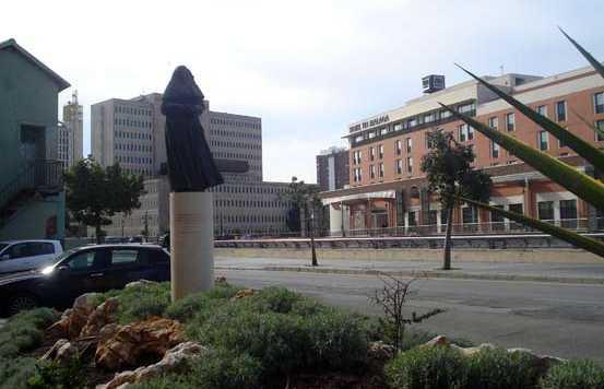 Monumento a Sor Angela de la Cruz a Malaga