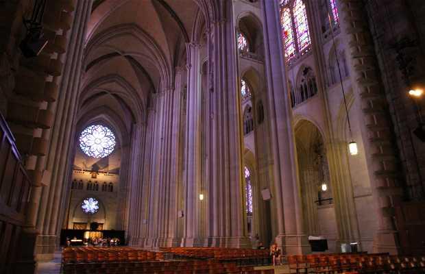 Catedral de San Juan el Divino