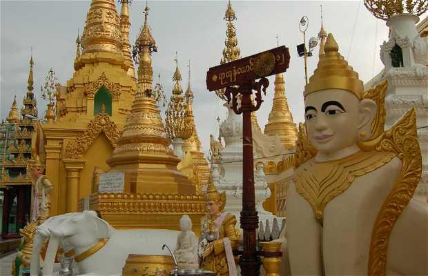 Puesto planetarios Shwedagon Paya