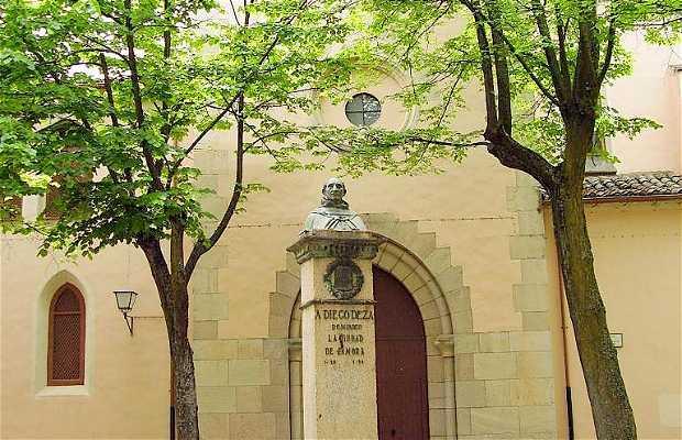 Monument à Fray Diego de Deza