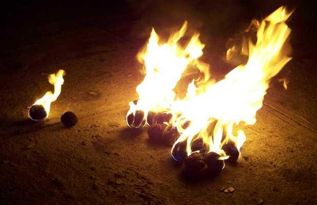 Les boules de feu, Nejapa