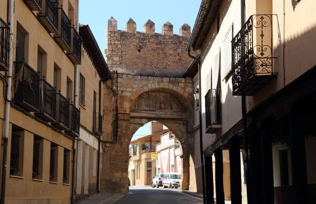 Puerta de Aguilera