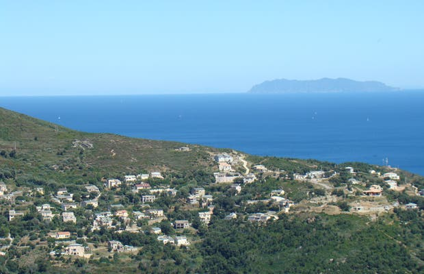 Cornice road