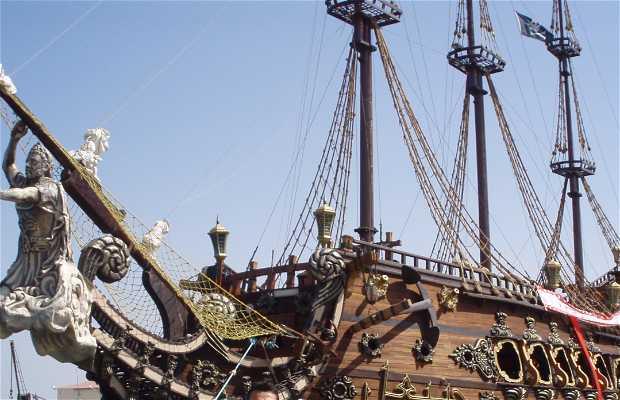 Recorrido en barco pirata