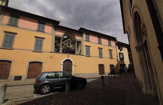 Palazzo Quadrio Curzio